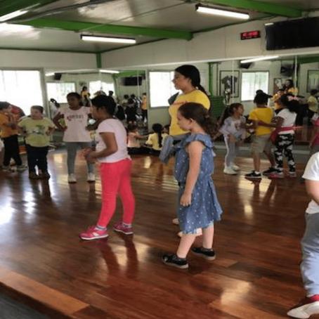 """Se otorgan pláticas que fomenten la Cultura bucal en el """"Curso para niños y niñas 2020"""" realizado"""