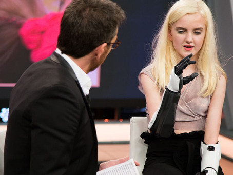 The incredible story of Tilly Lockey and her bionic arms thrills 'El Hormiguero 3.0'