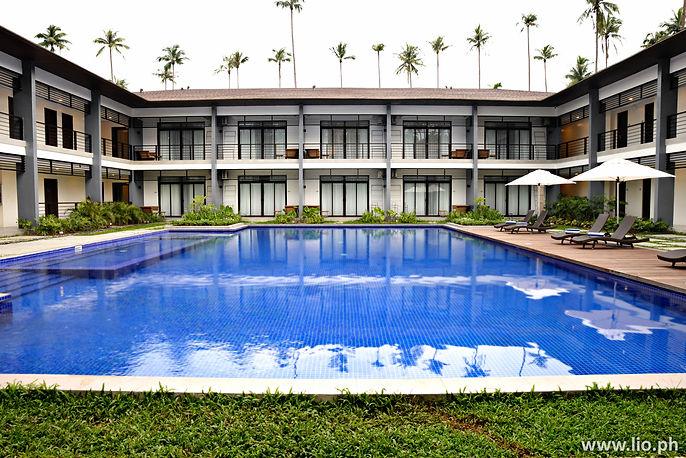 4. Huni Lio - Swimming Pool (2).jpg