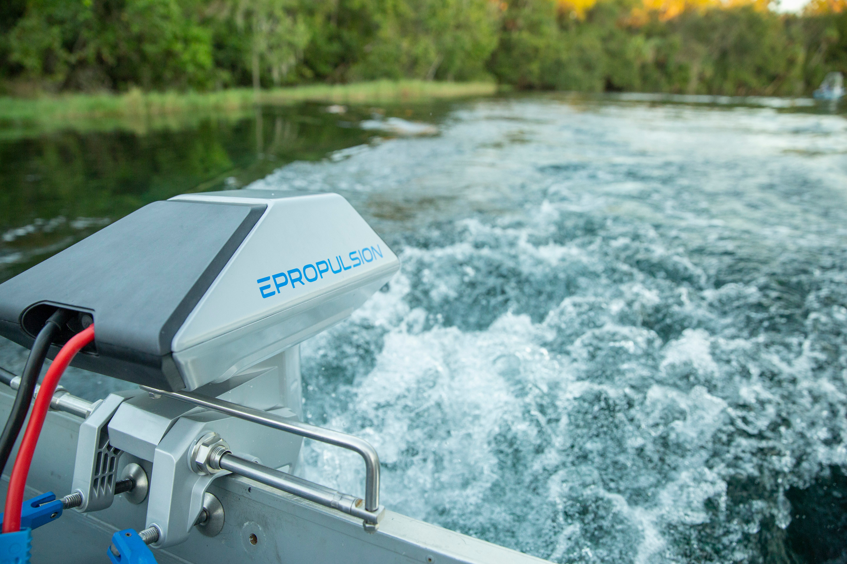 Navy 6 0 Electric Outboard Motor 9 9 HP | ePropulsion