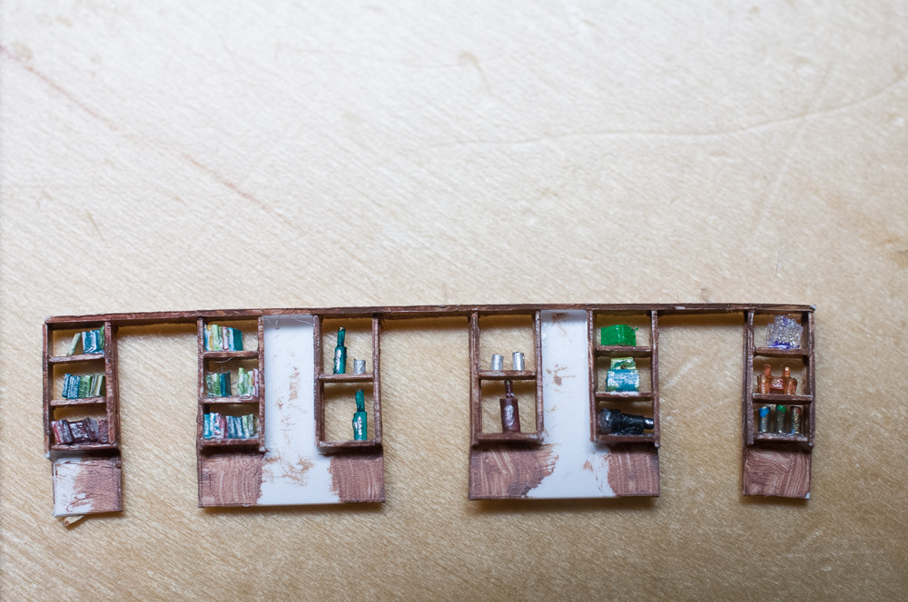 05_shelf.jpg