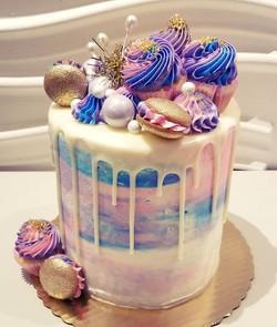 #dripcake #birthdaycake #fun #edibleart