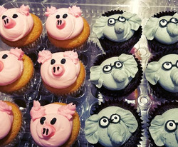 Elephant and Piggie cupcakes for my neph