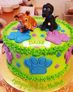 Puppy cake!!_Buttercream with fondant accents and handmade edible puppies