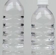 店舗_角型炭酸ボトル.jpg