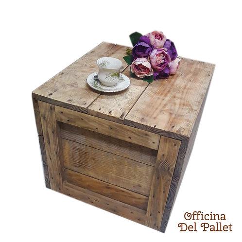 Seduta o Tavolino in legno