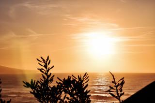 La rencontre du soleil avec la mer