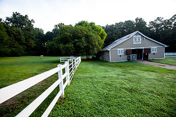 left pasture barn.jpeg