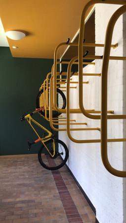 Ski and bike Room Sust Lodge Andermatt