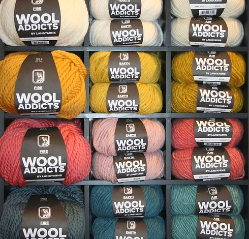 Trendige Wolle in Herbstfarben