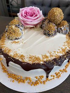 Extreme Chocolate Cake.jpeg