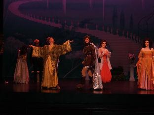 Hunter Opera Theater performance of contemporary opera