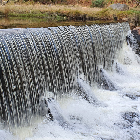 Old Wynne Hydro Weir
