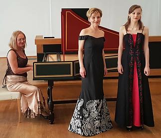 Bogumila avec Joanna et Alicja Wojnowska