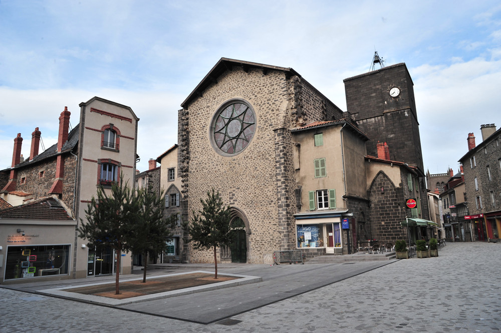 Halle aux Bleds.jpg