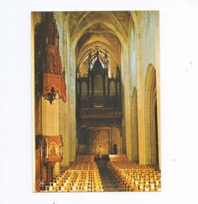 Saint-Flour Orgue cathédrale.jpg