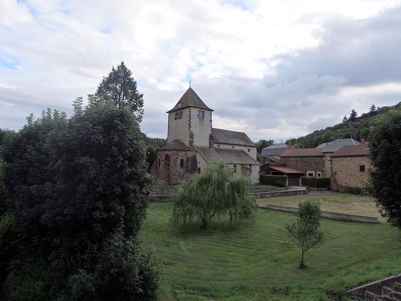 5-St_Poncy_Eglise_St_Pontien_Vue_général