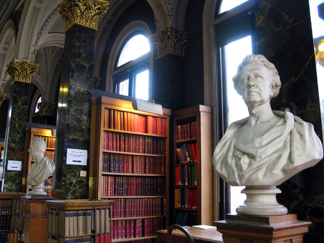 Picture of the main library, featuring the busts of Francis Jeffrey and James Reddie.