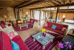 Barn Lounge 1.png