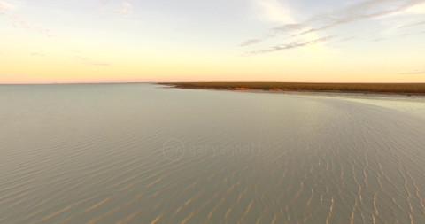 Roebuck-Bay-02.mov