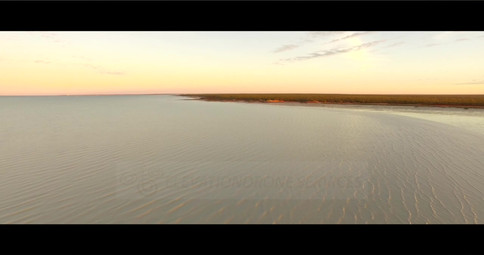 Roebuck-Bay-01
