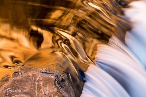 Sandstone-Reflections-King-Leopold-Ranges.jpg