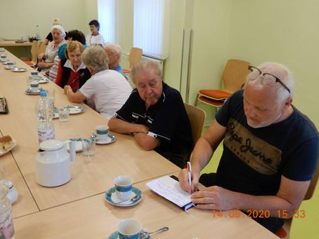 """Besuch der Senior*innenprojektgruppe """"Mobilität und Kultur im Wohnumfeld"""" in Glienick"""