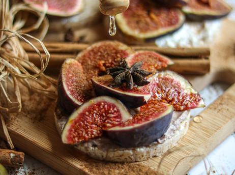 Krem sir od kefira sa smokvama - Cream kefir cheese with figs