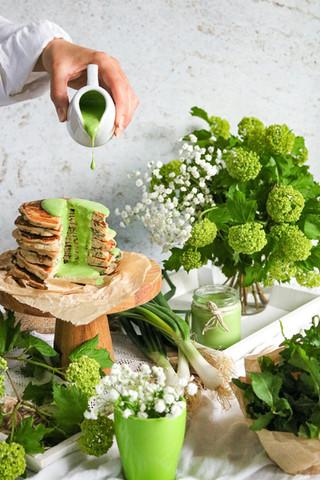 Slane palačinke s umakom od mliječnog kefira