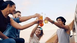 Can I Drink Alcohol and Still Lose weight?