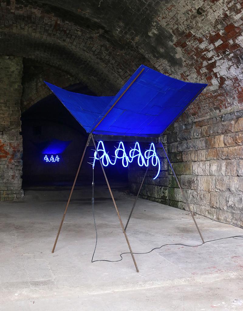 Shelter (hot blue scream), 2018