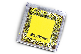 Custom freckle in clear box (pack of 100)