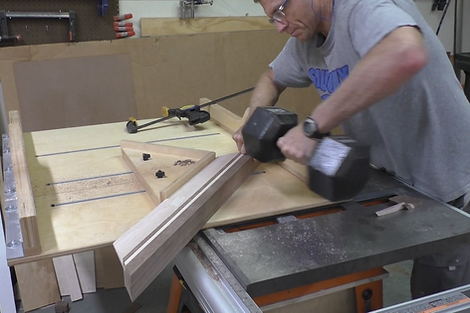 Using the miter jig on the table saw