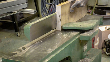 Jointing the edge of the maple