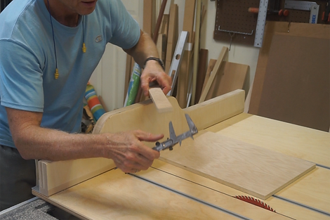 Using calipers to measure the difference between the top and bottom of the cut