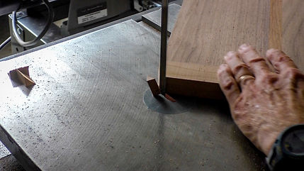 Cutting rounded corners on the band saw