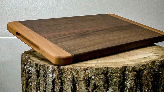 Photo of the final cutting board