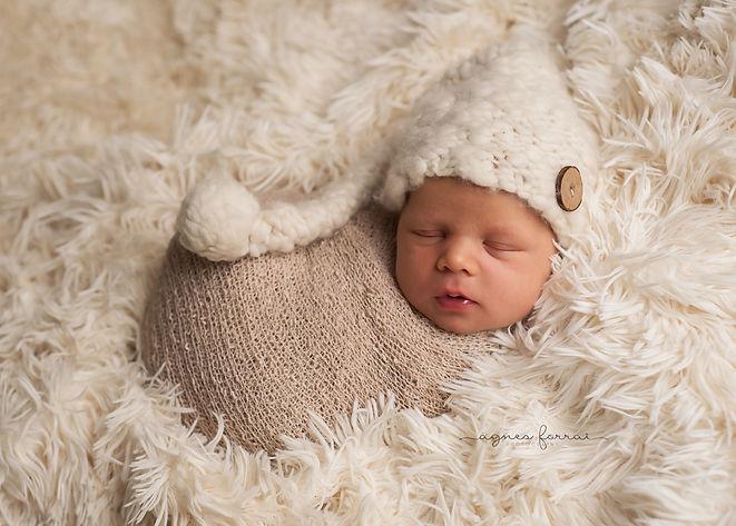 Newborn photography, United Kingdom