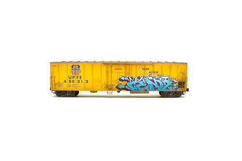"""Union Pacific Fruit Express reefer boxcar """"O scale"""""""