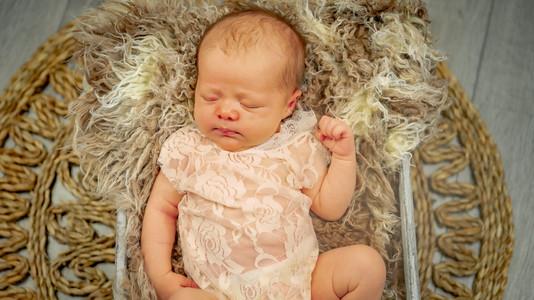 Newborn_Kelly (5 van 45).jpg