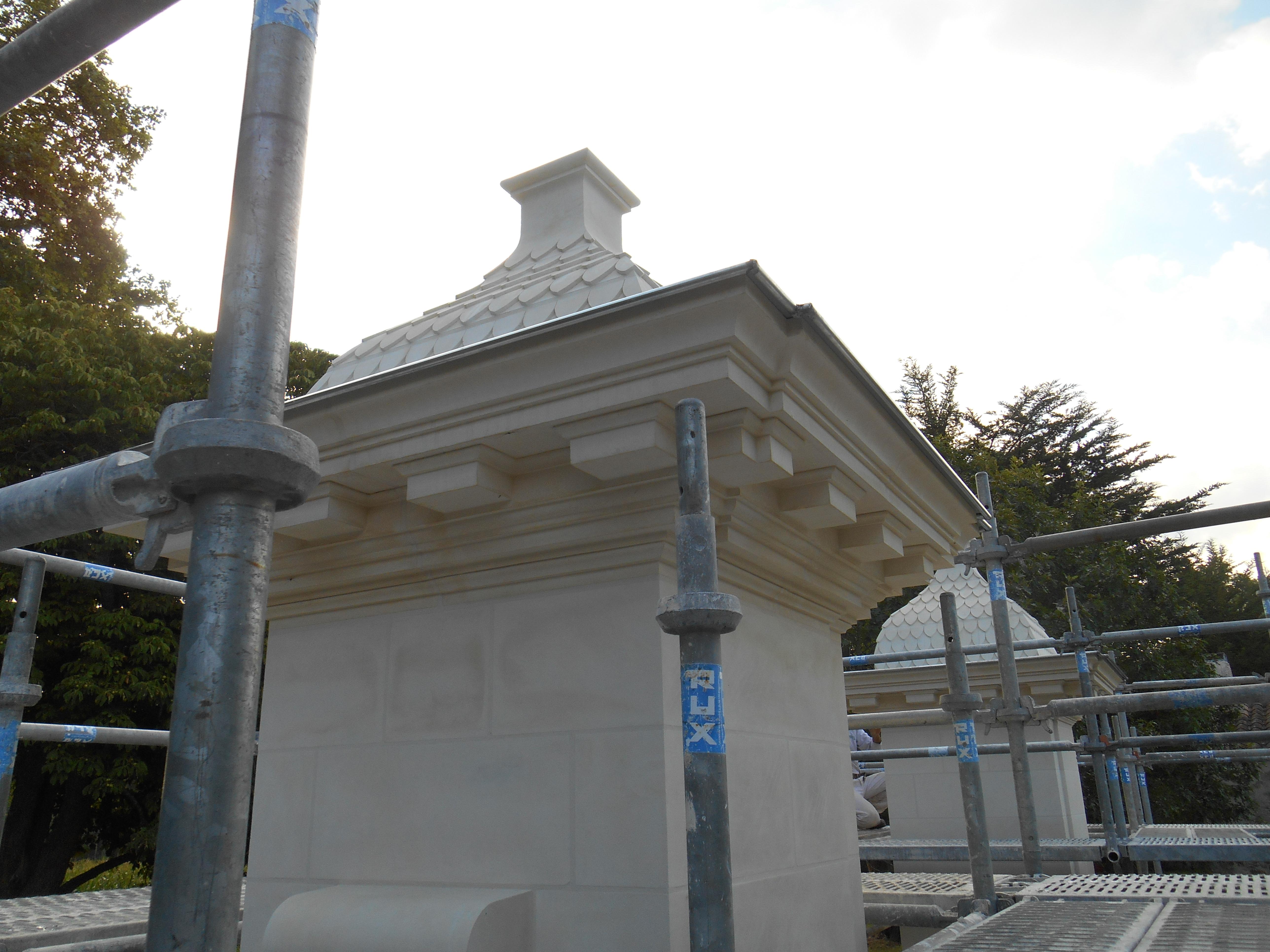 détail chapiteaux portail