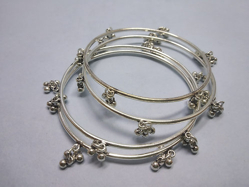 Rajasthani Tribal Traditional Bangle bracelets with bells - Set of 4