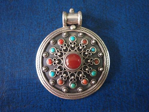 Carnelian Stone Pendant - Nepali Jewelry
