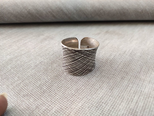 Concave Silver Scratch Lines Statement Ring - Adjustable Silver Ring