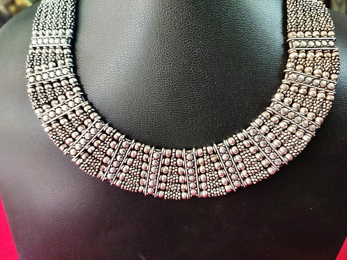 Silver Beads Traditional Way of intertwined Necklace