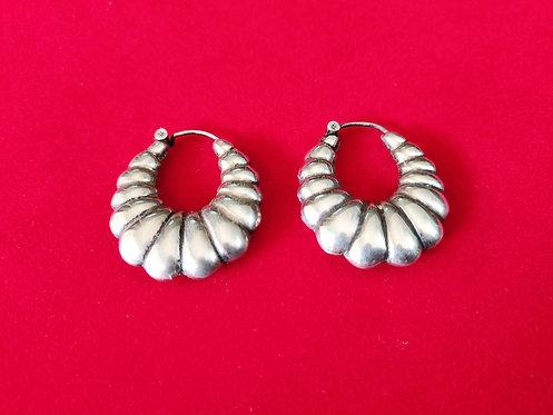 Flower Shape Hoops Earrings