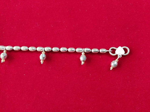 Traditional Oval Shape Silver Beads Anklet