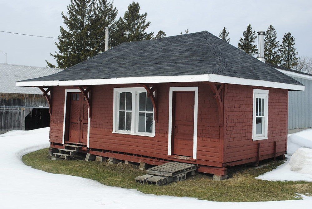 Instead of along the Voie Verte Chelsea, formerly the community trail, the historic Cascades railway station will be moved onto municipal land in the centre village. Low Down file photo