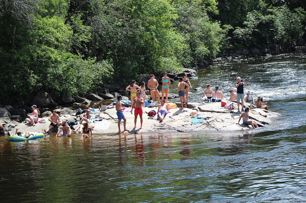 The Wakefield rocks, just below the covered bridge along the Gatineau River, were a hot spot for tourists in 2020. Mayor Guillaume Lamoureux talks about what the municipality of La Pêche is doing to address the community's concerns as we head into our second COVID summer. Low Down file photo