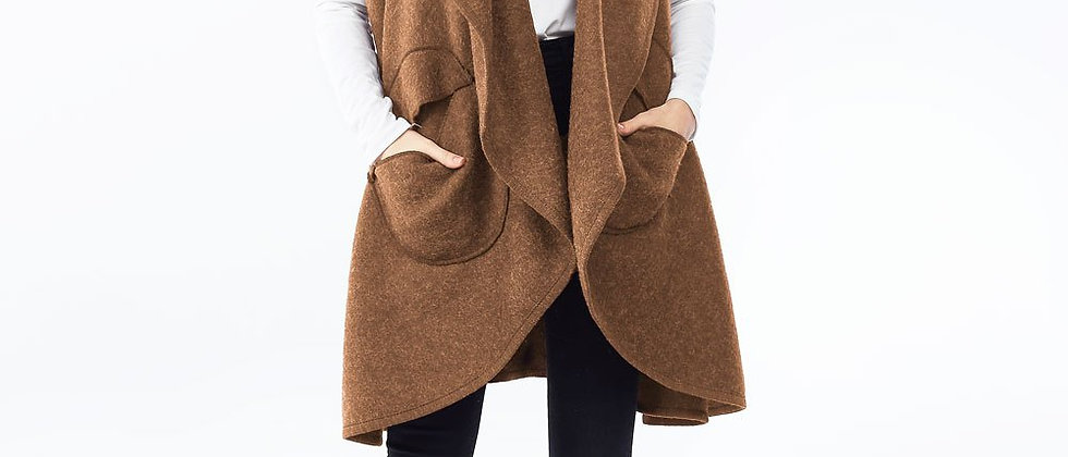 Circle Pocket Shawl Vest - Camel